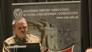 płk dr hab. Adam RADOMYSKI (AON) Obrona powietrzna w systemie bezpieczeństwa państwa fot. ŚWIECZAK