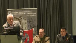 dr hab. Jan KOBIERSKI (AMW) Obrona powietrzna w systemie bezpieczeństwa państwa fot. ŚWIECZAK