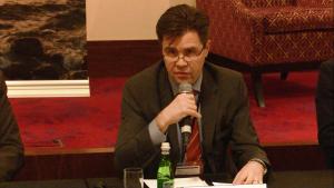 Esa Hyvarinen (Wiceprezes ds. relacji korporacyjnych, FORTUM) Konferencja: Co szczyt klimatyczny w Paryżu oznacza dla Polski i polskich miast? fot. ŚWIECZAK