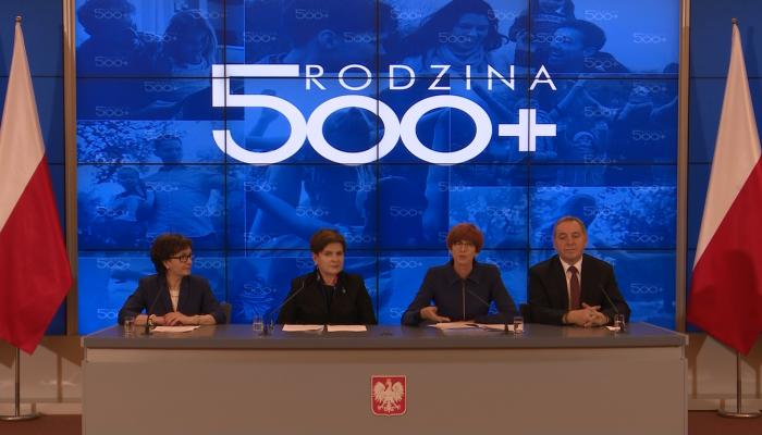 """Program """"Rodzina 500+"""" już od kwietnia 2016r. fot. ŚWIECZAK"""