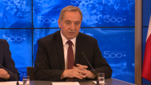 """Minister Henryk Kowalczyk Program """"Rodzina 500+"""" już od kwietnia 2016r. fot. ŚWIECZAK"""