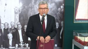 """Stanisław Karczewski Marszałek Senatu Wystawa """"Insygnia Wolności"""" w Senacie fot. ŚWIECZAK"""