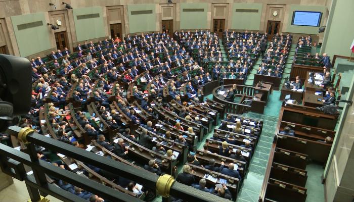 Sejm wybrał pięciu sędziów Trybunału Konstytucyjnego fot. ŚWIECZAK
