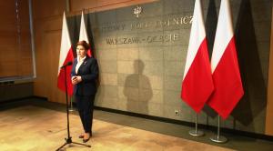 Premier Szydło przed wylotem do Parlamentu Europejskiego