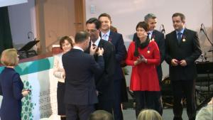 Odznaczenia za zasługi dla rozwoju transplantologii w Polsce fot. ŚWIECZAK