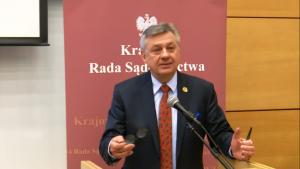 """sędzia SO Krzysztof Wojtaszek, Wiceprzewodniczący Krajowej Rady Konferencja """"Granice niezawisłości sędziów i niezależności sądów?"""" fot. ŚWIECZAK"""