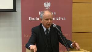"""Prof.dr hab. Andrzej Mączyński Konferencja """"Granice niezawisłości sędziów i niezależności sądów?"""" fot. ŚWIECZAK"""