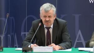 """prof. Cezary Kulesza Konferencja prokuratora Generalnego - """"Nowe środki ochrony i pomocy dla ofiar"""" fot. ŚWIECZAK"""