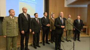 100 dni dobrych zmian w Ministerstwie Obrony Narodowej fot. ŚWIECZAK