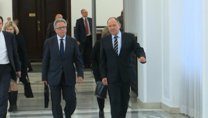 Przedstawiciele Komisji Weneckiej rozmawiali w Senacie o Trybunale Konstytucyjny fot. ŚWIECZAK