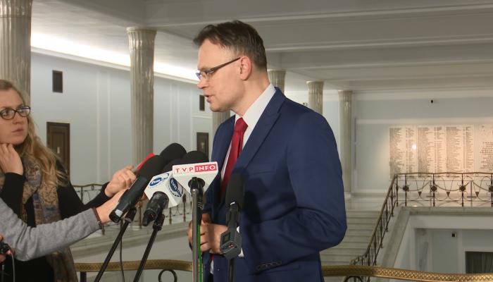 Arkadiusz Mularczyk po spotkaniu z członkami Komisji Weneckiej fot. ŚWIECZAK