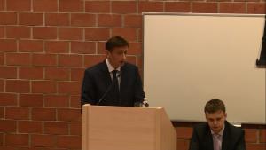 Prof. UW Łukasz Pisarczyk, XVII Konferencja Wydziałowa pt.: ŹRÓDŁA PRAWA. TEORIA I PRAKTYKA fot. ŚWIECZAK