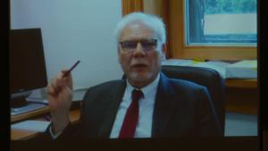 prof. dr hab. Marek Safjan, Sąd konstytucyjny w państwie demokratycznym fot. ŚWIECZAK