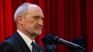 Antoni Macierewicz Uroczystość poświęcona pamięci Żołnierzy Wyklętych fot. ŚWIECZAK