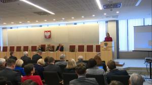 """Dr Anna Śledzińska-Simon 70 lat """"Państwa i Prawa"""" konferencja pt. """"Kultury uzasadnień sądowych: zasada proporcjonalności w ujęciu porównawczoprawnym"""" fot. ŚWIECZAK"""