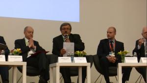 """Forum Gospodarki Niskoemisyjnej pt.: """"Rozwój inteligentnej gospodarki niskoemisyjnej w Polsce przy zapewnieniu zrównoważonego rozwoju kraju"""" fot. ŚWIECZAK"""