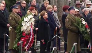 6 rocznica katastrofy w Smoleńsku. Uroczystości na Powązkach. fot. ŚWIECZAK
