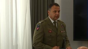Ppłk. Piotr Gąstał, dowódca GROM Konferencja z okazji 75. rocznicy pierwszego zrzutu cichociemnych do Polski fot. ŚWIECZAK
