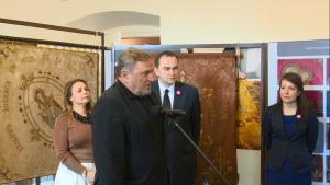 Wystawa historycznych sztandarów Związku Polaków w Niemczech fot. ŚWIECZAK