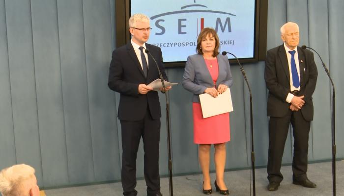 Morawiecki, Zwiercan, Zyska tworzą nowe Koło Poselskie Wolni i Solidarni fot. ŚWIECZAK
