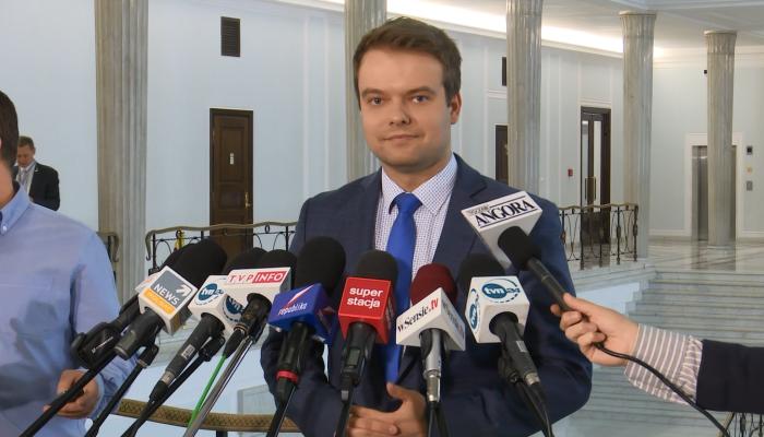 Konferencja rzecznika rządu Rafała Bochenka po wystąpieniu premier Beaty Szydło w sejmie fot. ŚWIECZAK