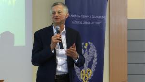 prof. Andrzej Zybertowicz Uroczyste otwarcie Centrum Badań nad Bezpieczeństwem fot. ŚWIECZAK