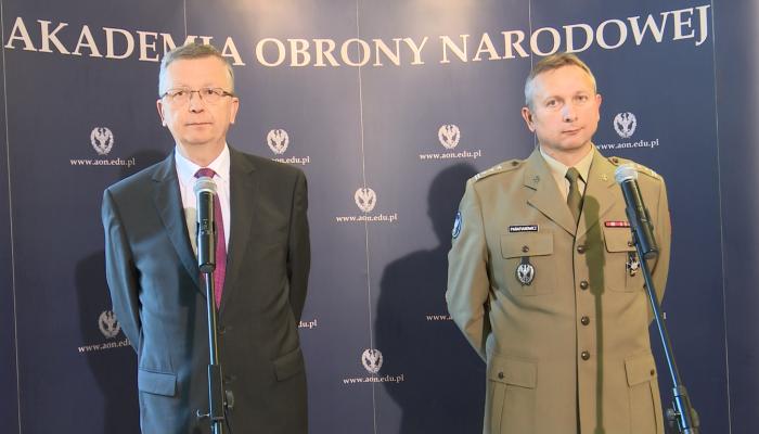Minister Fałkowski o wyższym szkolnictwie wojskowym fot. ŚWIECZAK