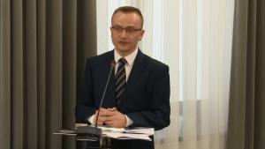 dr Marek Woch, Ogólnopolska konferencja naukowa: Nowy impuls rozwoju – ponowne wykorzystanie informacji sektora publicznego w administracji fot. ŚWIECZAK