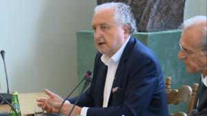 Prezes TK Andrzej Rzepliński Prezes TK podsumował działalność Trybunału Konstytucyjnego w 2015 r. fot. ŚWIECZAK
