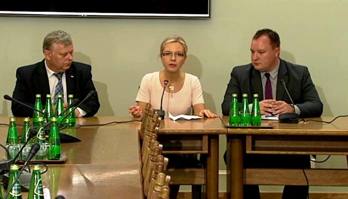 Inauguracyjne posiedzenie komisji śledczej w sprawie Amber Gold fot. ŚWIECZAK