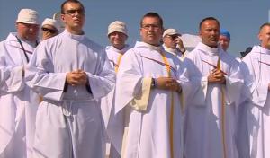 Msza Święta Posłania na Campus Misericordiae w Brzegach celebrowana przez Ojca Św. Franciszka fot. ŚWIECZAK