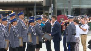 Święto Policji 2016 na Pl. Piłsudskiego - ślubowanie oraz promocja absolwentów fot. ŚWIECZAK