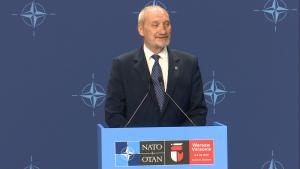 Antoni Macierewicz Minister MON Premier Beata Szydło: szczyt NATO w Warszawie to wielki sukces Polski fot. ŚWIECZAK