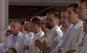 Franciszek odprawił mszę dla kapłanów w Sanktuarium św. Jana Pawła II fot. ŚWIECZAK