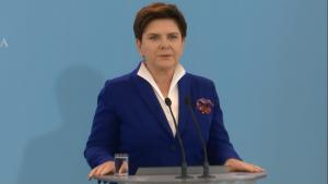 Premier Beata Szydło Szydło: Walka z wyłudzającymi z budżetu i niepłacącymi podatków fot. ŚWIECZAK