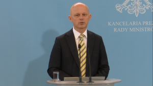 Paweł Szałamacha Minister Finansów Szydło: Walka z wyłudzającymi z budżetu i niepłacącymi podatków fot. ŚWIECZAK