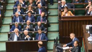 Sejm przyjął nowelizację ustawy o Trybunale Konstytucyjnym autorstwa PIS fot. ŚWIECZAK