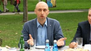 Jakub Jędrak Polski Alarm Smogowy, Kulturalnie o niskiej emisji! – śniadanie prasowe dotyczące Pikniku z Klimatem fot. ŚWIECZAK
