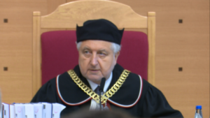 Prezes TK Andrzej Rzepliński TK: ustawa PiS o Trybunale Konstytucyjnym częściowo niezgodna z konstytucją fot. ŚWIECZAK