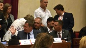 Burzliwa sesja Rady Warszawy. Chcą dymisji Gronkiewicz-Waltz fot. ŚWIECZAK