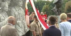 Uroczystość odsłonięcia pomnika upamiętniającego Żołnierzy Wyklętych fot. ŚWIECZAK