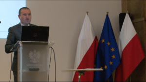 """Michał Polański, Dyrektor Departamentu Promocji Gospodarczej Konferencja otwierająca projekt """"Promocja gospodarki w oparciu o polskie marki produktowe – Marka Polskiej Gospodarki – Brand"""" fot. ŚWIECZAK"""
