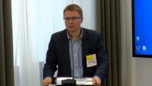 """adw. Roland Szymczykiewicz, Seminarium pt:""""Funkcjonowanie Służby Celnej w Polsce"""" fot. ŚWIECZAK"""