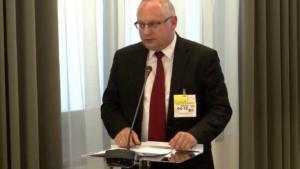 """dr hab. Leszek Bielecki, Seminarium pt:""""Funkcjonowanie Służby Celnej w Polsce"""" fot. ŚWIECZAK"""