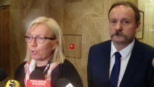 Trybunał Konstytucyjny zablokowany. Sędziowie Julia Przyłębska, Piotr Pszczółkowski i Zbigniew Jędrzejewski odmówili udziału w rozprawie fot. ŚWIECZAK