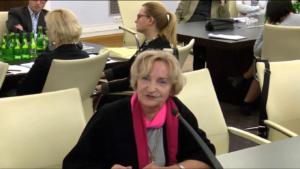 """dr Krystyna Krzekotowska Uczelnia Łazarskiego Konferencja """"Doświadczenia stosowania ustawy o petycjach"""" fot. ŚWIECZAK"""