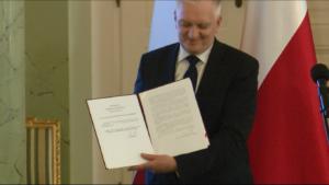 Jarosław Gowin wicepremier, minister nauki i szkolnictwa wyższego Prezydent RP Andrzej Duda podpisał tzw. pierwszą ustawę innowacyjną fot. ŚWIECZAK