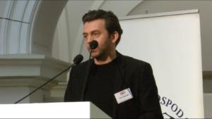 Piotr Głowacki Aktor teatralny i filmowy XI Ogólnopolski Kongres Obywatelski fot. ŚWIECZAK
