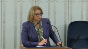"""Senator Barbara Zdrojewska Senatorowie bez poprawek przyjęli ustawę o wsparciu kobiet w ciąży i ich rodzin """"Za życiem"""" fot. ŚWIECZAK"""