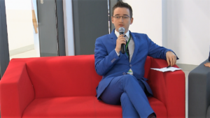 "Jakub Wójcik Izodom 2000: Konferencja pt. ""Business Energy Mixer"" fot. ŚWIECZAK"